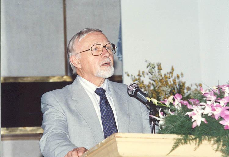 Dr. Parry-SG ISSMGE -BKK-9ARC