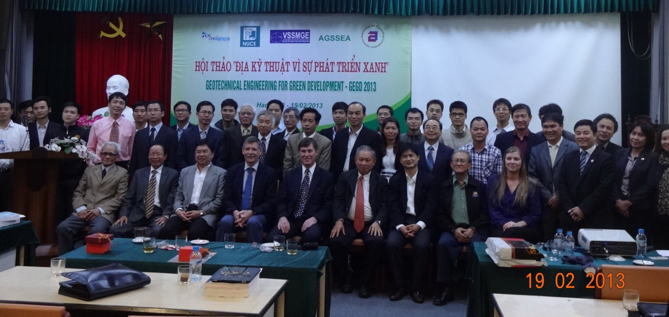 Group photograph at the end of the 2-day seminar in Hanoi in 2013 as part of the regional touring lectures by Prof. Jean L Briaud and Prof. Charles Ng.