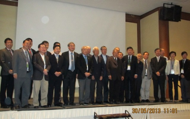 By Dr. Ooi Teik Aun, President SEAGS June 1, 2013 The 18SEAGC & 1AGSSEAC was successfully held on 29 – 31 May 2013 in Singapore with more than 350 participants. […]