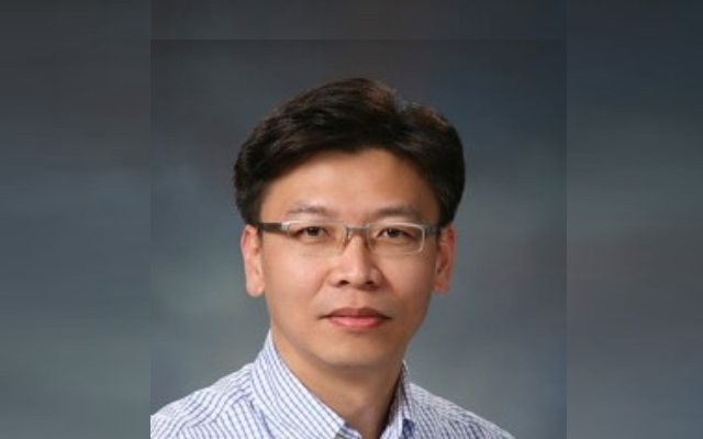 Mr. Dong-Hyun Kim Daniel had been a leading geotechnical engineer in a specialized consulting company (ESCO in Korea) for almost 15 years. Daniel is now a PhD candidate of the […]