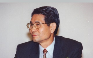 Bio-data: Professor Sang-Kyu Kim Snag-Kyu Kim, born in Korea, received his B.S. degree from Korea Military Academy (KMA) in 1957. While serving as a lieutenant, he was selected as a […]